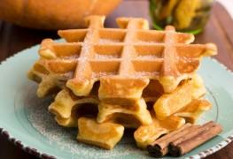 Breakfast recipes: pumpkin spice waffles and southern breakfast skillet