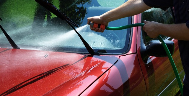 How to prevent auto glass scratches