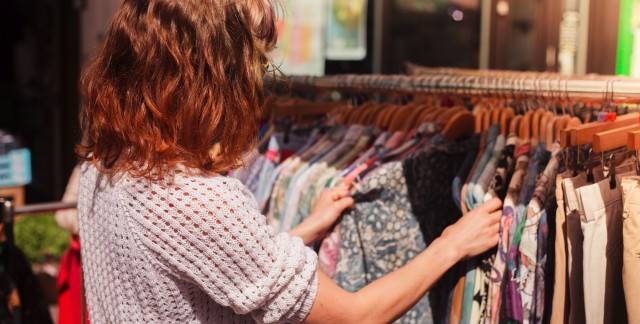 4 strategies for finding quality clothes for less