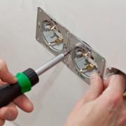 Comment choisir un bon entrepreneur électricien