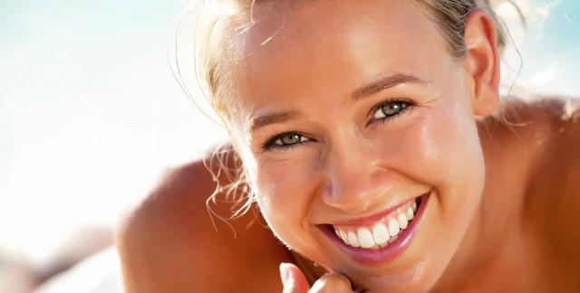 Haleine fraîche et dents blanches: une approche naturelle