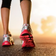 Bougez: 7 façons de marcher et d'être enbonne santé