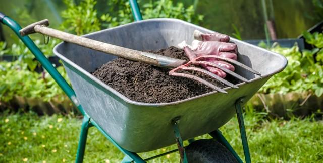 Le compost, or noir des jardins