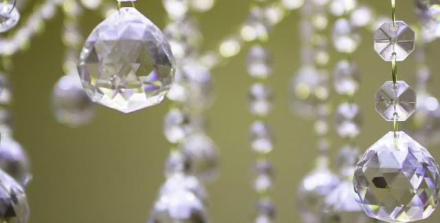3 conseils pour le nettoyage facile des lustres, des chandeliers et de l'étain