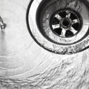 Déboucher un drain bouché: facile!