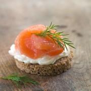 Recettes de salade Waldorf et sandwich au saumon