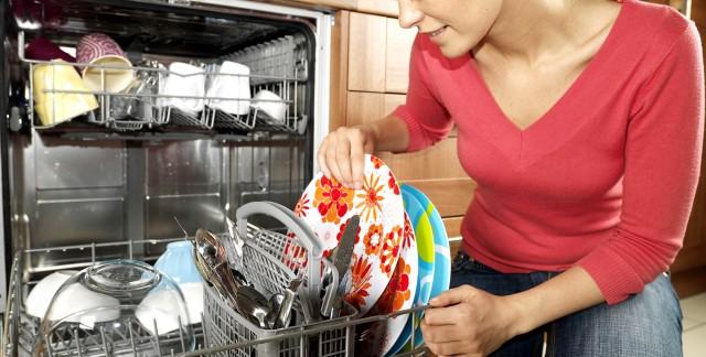 nettoyez votre lave vaisselle en 6 conseils trucs pratiques. Black Bedroom Furniture Sets. Home Design Ideas