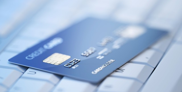4 avantages de payer votre voyage avec une carte de crédit
