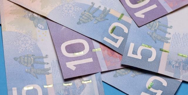 Pourquoi paie-t-on parfois des frais d'agence de voyages?