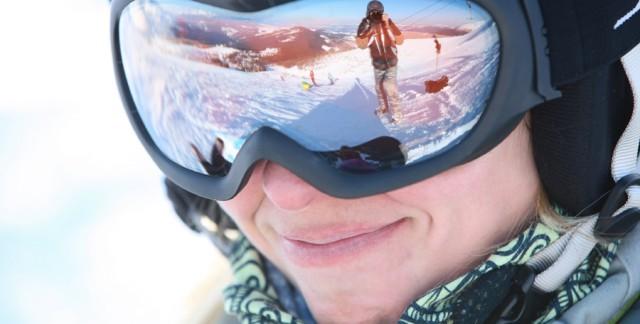 5 raisons d'opter pour des lunettes de ski avec caméra