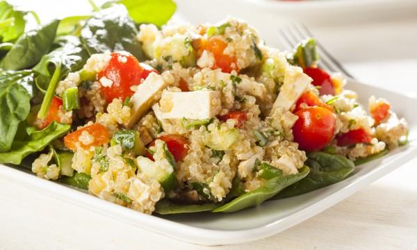 Super aliment: recette de quinoa aux légumes d'été