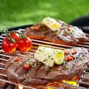 Épices, herbes, condiments: la cuisine des saveurs