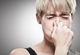 Remèdes faciles pour le hoquet, l'indigestion et la mauvaise haleine