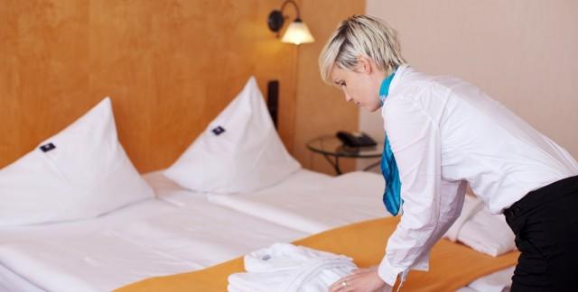 Est-ce que votre literie d'hôtel est assez propre?