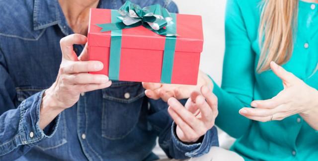 7 idées amusantes pour pimenter votre échange de cadeaux