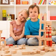 Toujours à la mode, les jouets de construction?