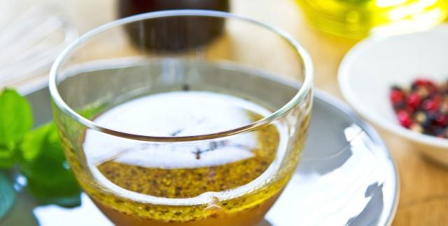 4 vinaigrettes polyvalentes qui vous donneront l'eau à la bouche