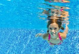 Conseils pour assurer la sécurité des enfantsdans l'eau