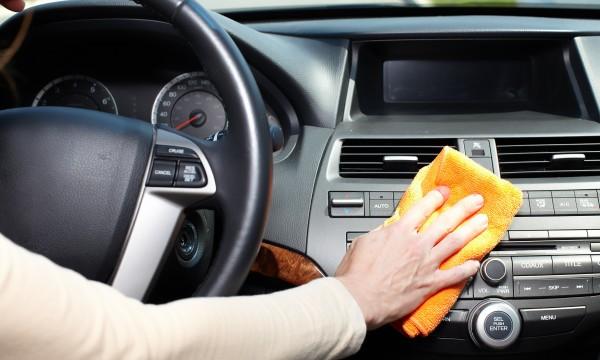 Le grand ménage de votre voiture en 3 étapes simples