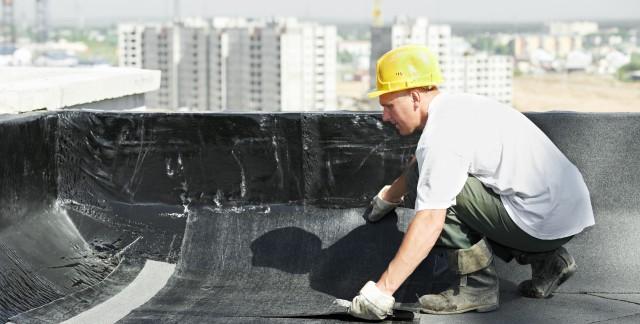 Des conseils de bricolage: la réparation d'un toit plat