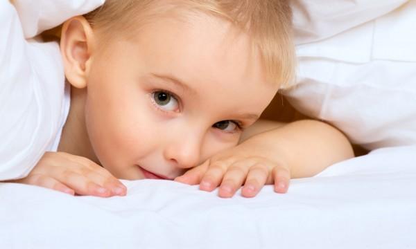 quoi faire si votre enfant n 39 arrive pas dormir trucs pratiques. Black Bedroom Furniture Sets. Home Design Ideas