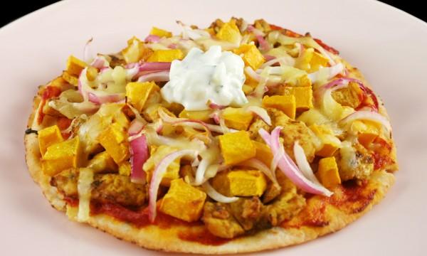 recette d licieuse et rapide pizza au poulet tandoori trucs pratiques. Black Bedroom Furniture Sets. Home Design Ideas
