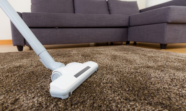 quelques techniques efficace pour nettoyer une moquette trucs pratiques. Black Bedroom Furniture Sets. Home Design Ideas