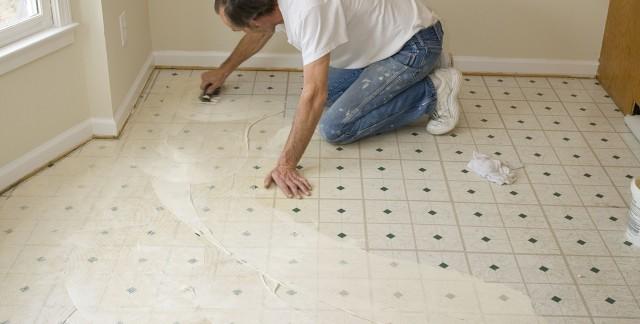 3 conseils pour r parer vos planchers vous m me trucs pratiques. Black Bedroom Furniture Sets. Home Design Ideas