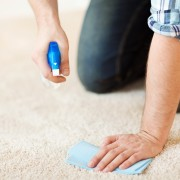 7 secrets de nettoyage simples pour économiser temps et argent