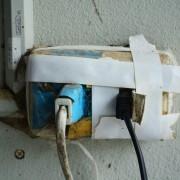 4 causes fréquentes d'incendies électriques et comment les éviter