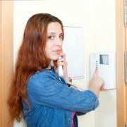Des méthodes éprouvées pour réparerune sonnette défectueuse