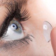 3 façons de résoudre les problèmes de lentilles de contact