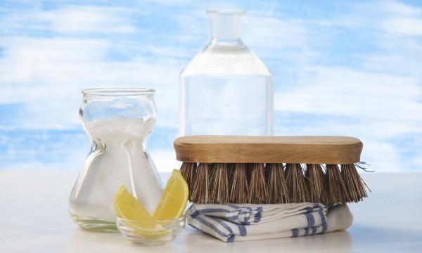 Nettoyer la salle de bain au naturel trucs pratiques - Nettoyer une salle de bain ...
