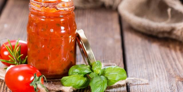 2 recettes maison faciles pour une sauce et une vinaigrette