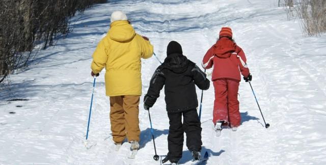 Familiarisez votre famille avec le ski de fond