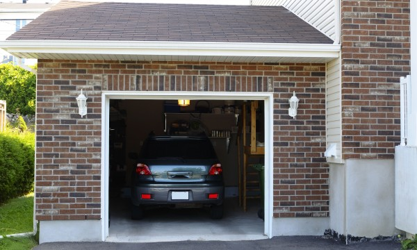 Comment faire un garage adapt aux voitures 5 conseils for 1 5 car garage size