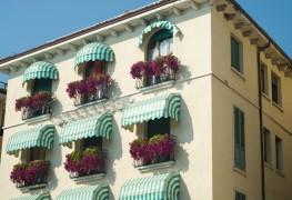 4 façons dont les stores à l'italienne peuvent faire augmenter la valeur d'une maison