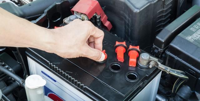 5 façons d'entretenir votre batterie d'auto