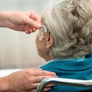 4 différents types de perte auditive: traiter et prévenir
