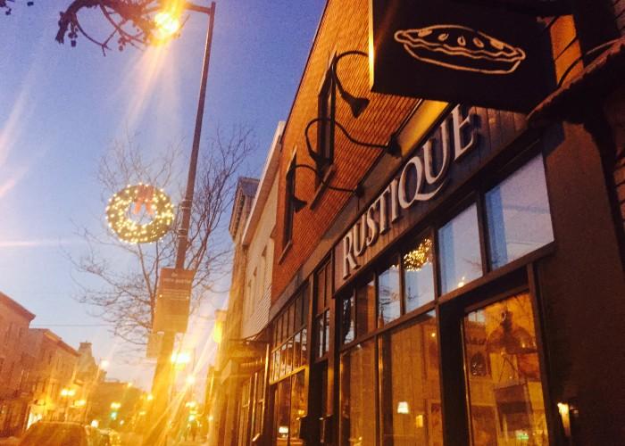 Le Rustique - Boulangerie, tartes, plateaux, restauration, événements, desserts, mariages, céréales, pâtisseries, café, thé