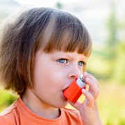 4 aliments pour soulagerles symptômes de l'asthme