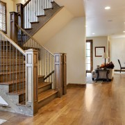 11 façons pratiques de réduire les risques de chuteà la maison