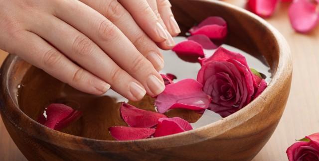Les meilleures solutions pour les ongles cassants