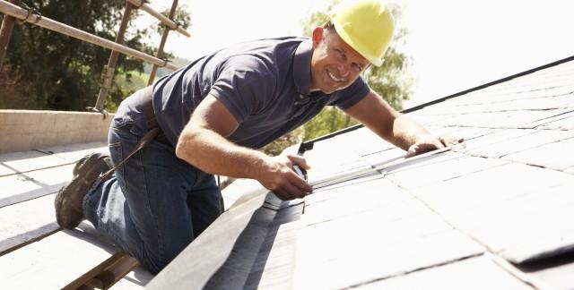 4 conseils pour les réparations mineures du toit