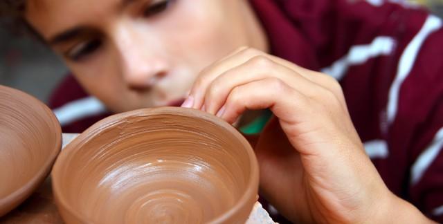 Conseils pour maîtriser la poterie de vos mains nues