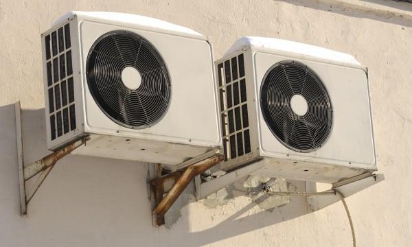 radiateur schema chauffage entretien climatisation maison. Black Bedroom Furniture Sets. Home Design Ideas