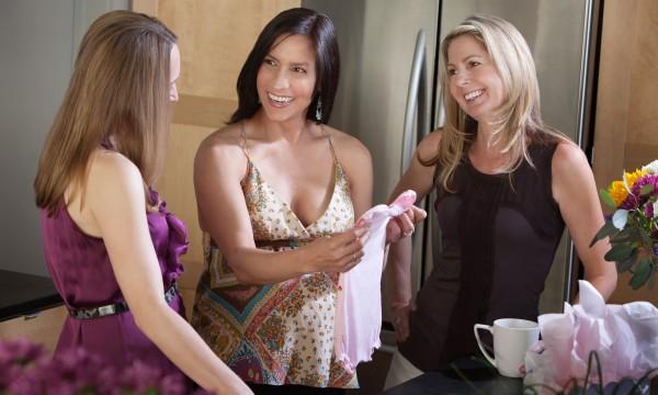 Liste des essentiels de la planification d'une fête prénatale réussie