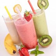 Combattez votre pression artérielle élevée avec un smoothie fraise-yogourt