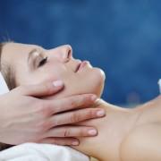 Des remèdes efficaces contre l'acné de l'adulte