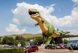 10 attractions routières monumentales au Canada que vous devez absolument voir